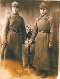 Георгий Георгиевич с другом в городе г.Волковиск