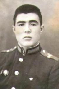 муж Атуевой Н.М. - Ахметжан