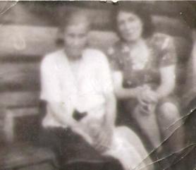 Галина Максимовна и её дочь Мария